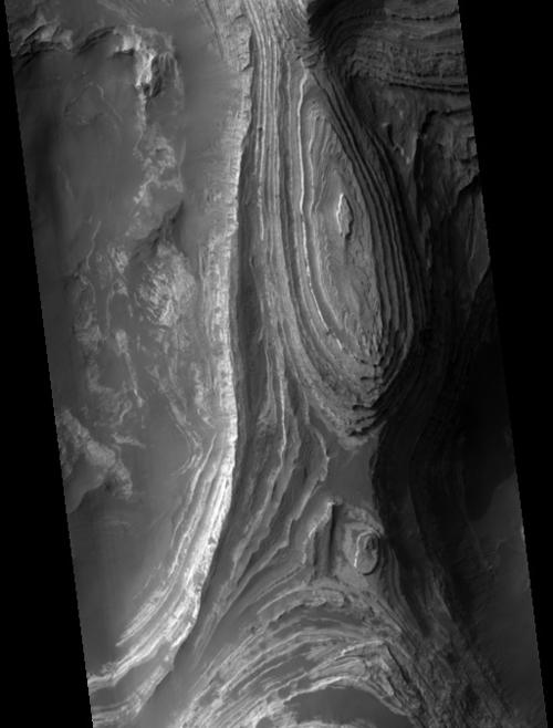 crater-terbys.jpg