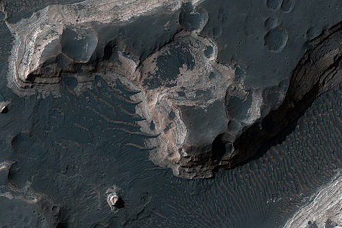 crater-holden.jpg