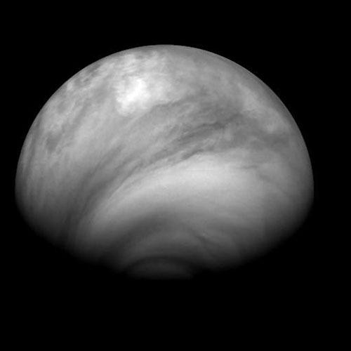 nuvols-foscos-venus.jpg
